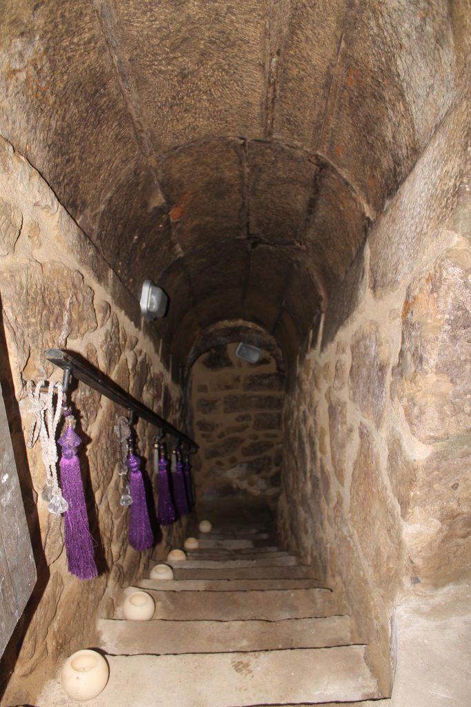 Cueva del barrio de Matarredo de Alutiz
