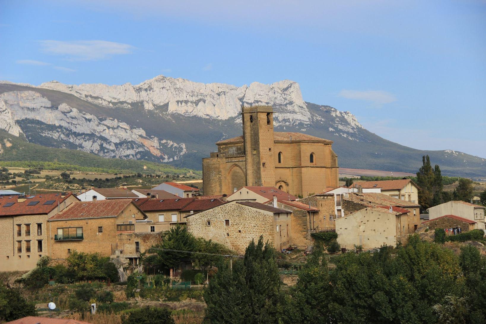 (Español)  Samaniego,  Villa  de  vinos  en  Rioja  Alavesa